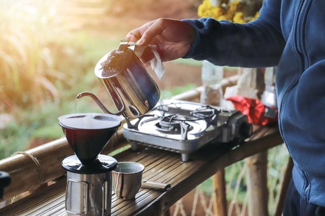 画像1: 登山で楽しむだけじゃない! 今人気の山コーヒーは魅力がいっぱい リラックス効果や運動能力の向上も