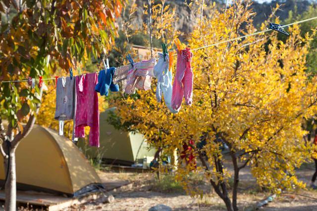 画像: キャンプ場での洗濯方法を紹介 おすすめの洗濯袋や物干しロープなど必須アイテム4選 - ハピキャン(HAPPY CAMPER)