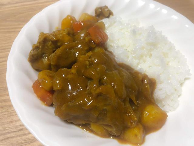 画像: トロトロお肉が最高!「牛すじカレー」をおいしく作るおすすめレシピ - ハピキャン(HAPPY CAMPER)