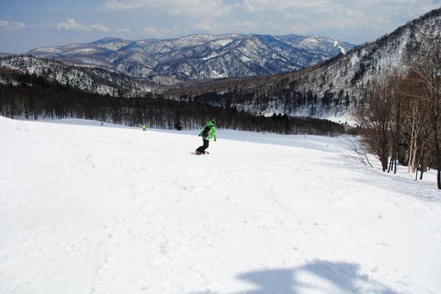 画像: 〈札幌国際スキー場〉定山渓温泉に近く、気軽に行ける