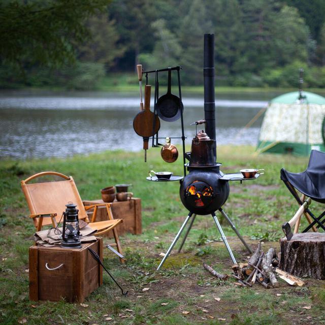 画像1: 薪ストーブに精通する『ファイヤーサイド』厳選!コダワリの焚き火キャンプ用品を紹介!