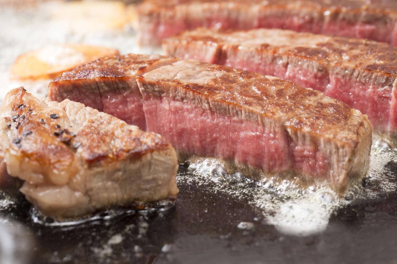 画像: 【バーベキューレシピ②】塊肉ステーキ 完全に火を通さないのがコツ!