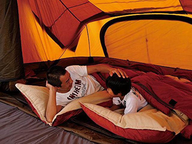 画像1: 【寝袋の選び方】冬キャンプの必需品・ダウンのシュラフの特徴とポイントを徹底解説!