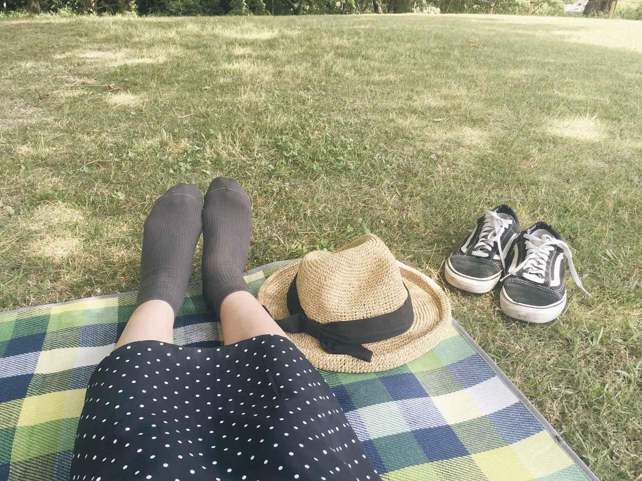 画像: 厚手のレジャーシートはキャンプやピクニックにおすすめ! 自分のお気に入りを見つけて快適に過ごそう