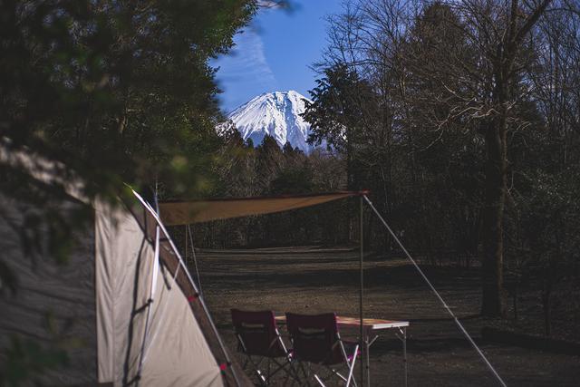画像: 写真提供:ForestersVillageKobitto 富士山が見渡せるV-1サイトからの景色。