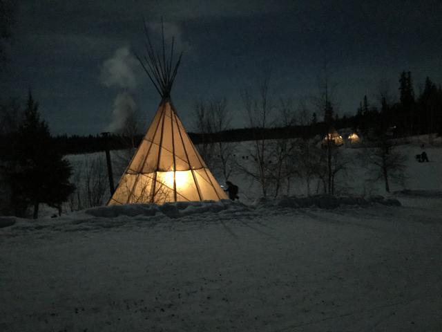 画像: ティピー型テントは設営簡単&結露に強く雪中キャンプ向き ストーブなど暖房器具を導入しやすい