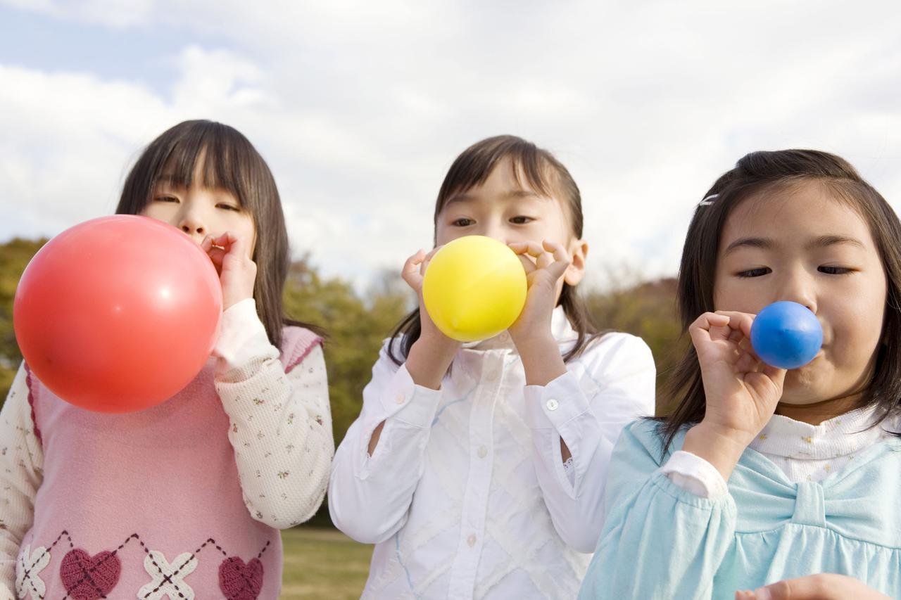 画像: 【おすすめキャンプdeゲーム④】バブルボール 天気のいい日にキャンプの定番遊びをもっと楽しく!