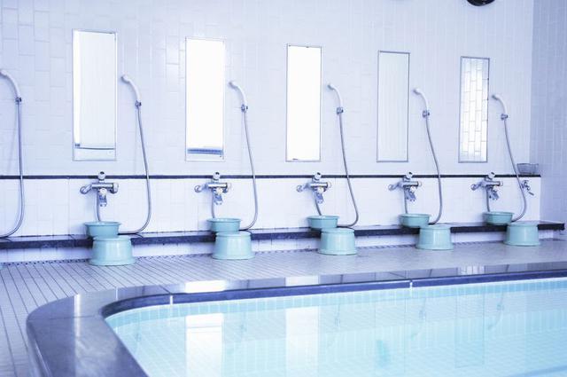 画像: まずはキャンプ場のお風呂・シャワーの有無を確認しよう ガイドブックやHPの写真で見るのがおすすめ