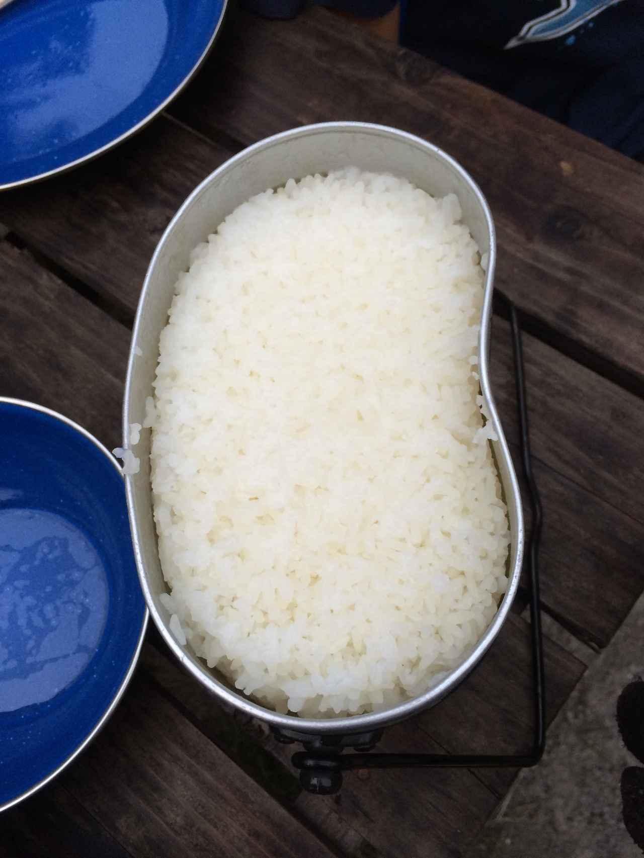 画像: シェラカップ以外にもメスティンや土鍋で炊く方法も! キャンプ・アウトドアでの炊飯方法を紹介!