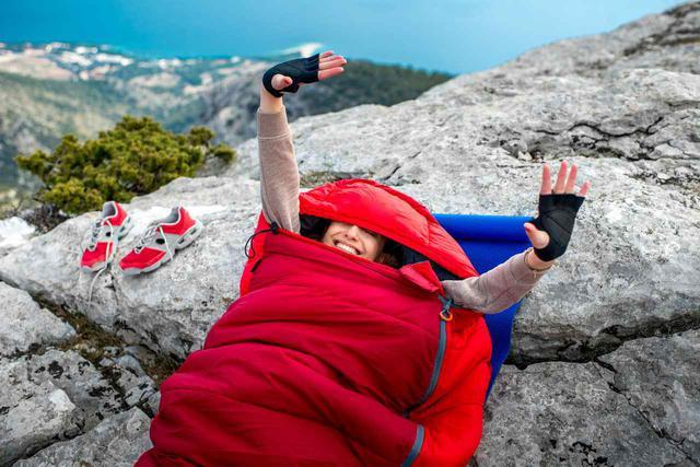 画像: 【モンベル&コールマン】シュラフの選び方 キャンプで使えるおすすめ紹介 - ハピキャン(HAPPY CAMPER)