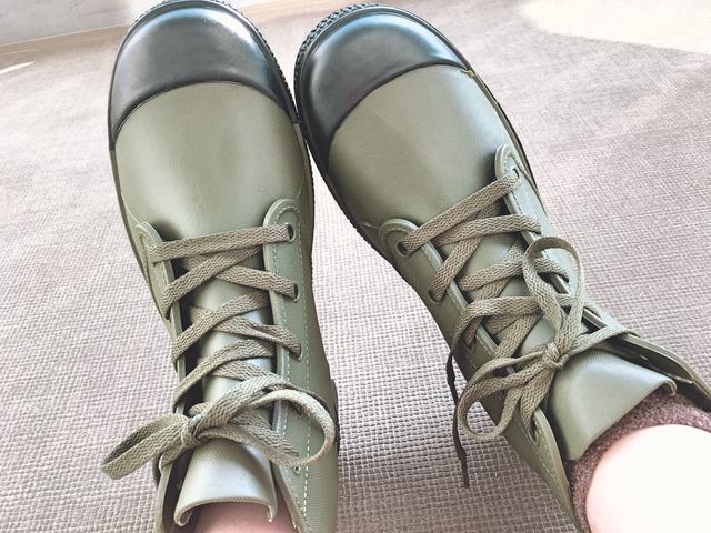 画像1: 【秋冬キャンプ靴】ワークマンやSUBUの防水シューズやスリッポンなど人気4選