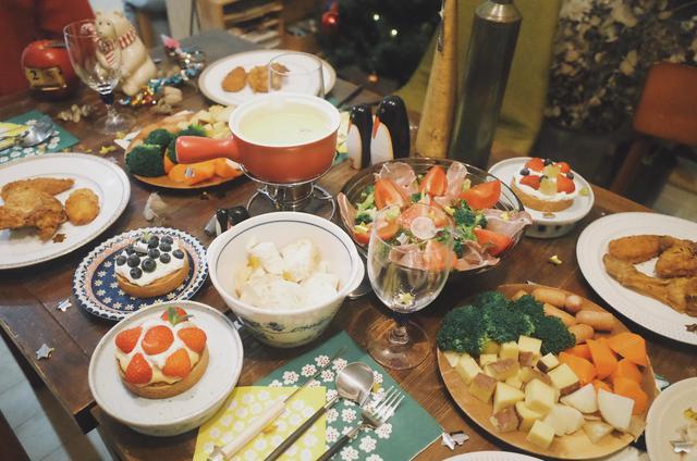 画像: バーベキュー・キャンプ飯を手軽に楽しむなら持ち寄りで ブルスケッタなどフィンガーフードがおすすめ