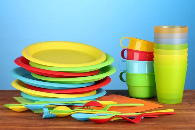 画像: 【スタッキングとは?】=積み重ねること 収納術でキャンプの食器などの荷物をコンパクトにできる