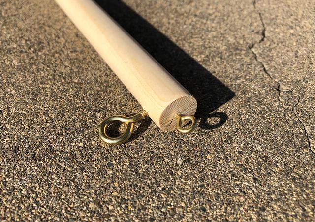 画像: 筆者提供:木口付近の割れに注意して取り付け