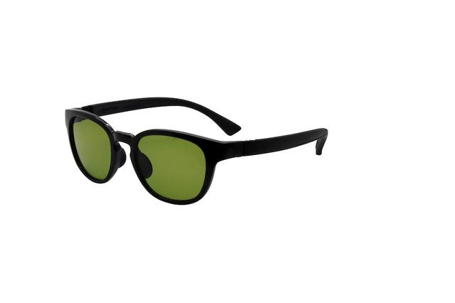 画像: BLACK×ACTIVE TEMPLE BLACK 出典:FLOAT http://www.float-glasses.com/set-galaxy/