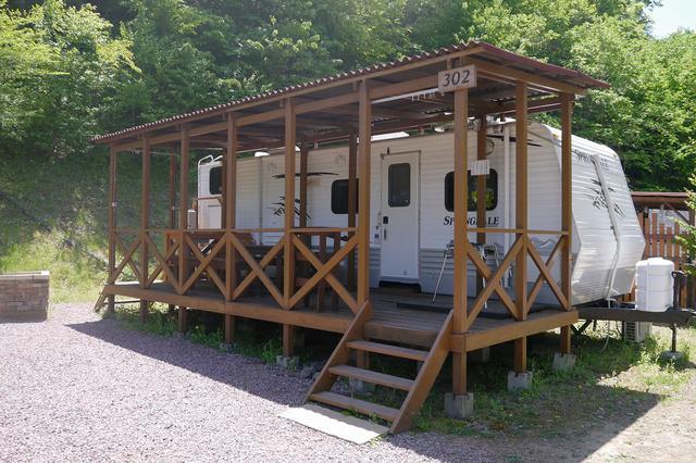 画像: トラベルトレーラ 満願ビレッジキャンプ場:アメリカンデラックス www.manganvillage.com