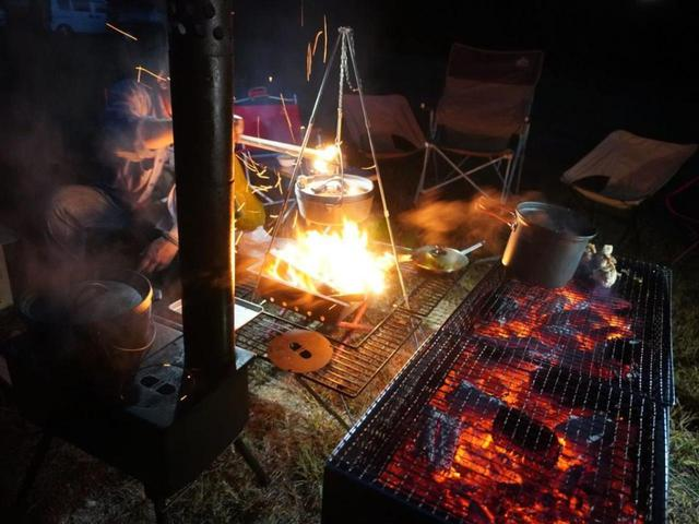 画像: 【キャンパー必見】これさえ知っていればもう火起こしで困らない!着火剤もバーナーも不要の『西岡流・火起こし』をマスターしよう! - ハピキャン(HAPPY CAMPER)