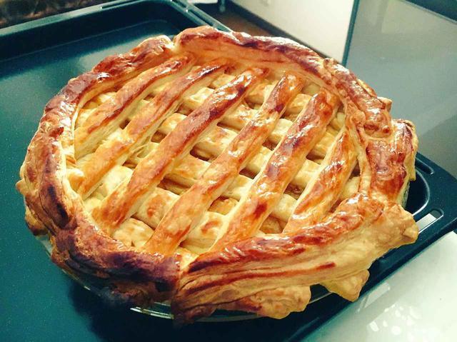 画像: 【工程写真付きレシピ】料理初心者さんにも出来る!簡単カスタードアップルパイの作り方 - ハピキャン(HAPPY CAMPER)