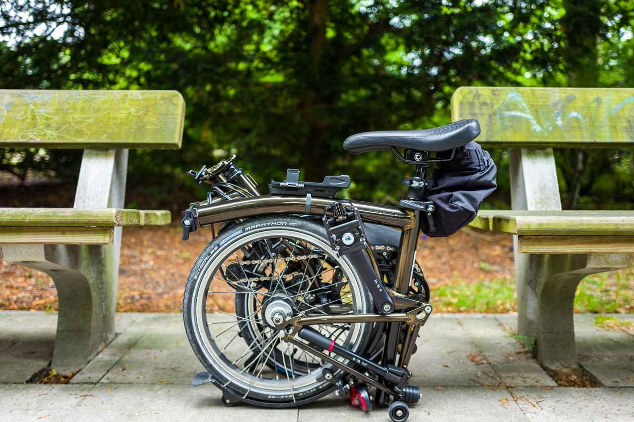 画像1: 【折りたたみ自転車の選び方】重量・収納サイズ・折りたたみの手順・安全性など 電動アシスト付きも!