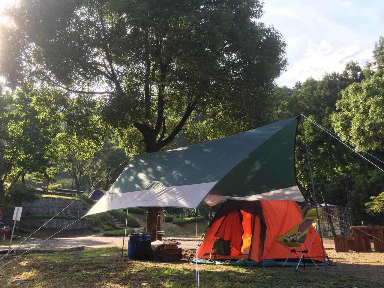 画像: ソロキャンプやツーリングには1人用のタープがおすすめ! 軽量&コンパクトで設営も簡単