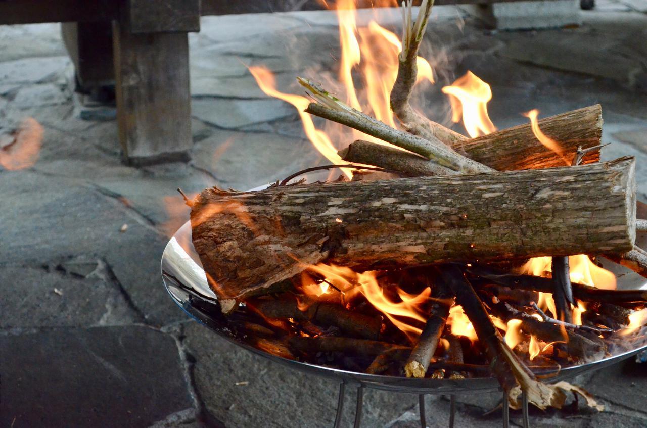 画像3: 【キャンプ初心者必見】「焚き火台」を使った焚き火のやり方を正しくマスターしよう