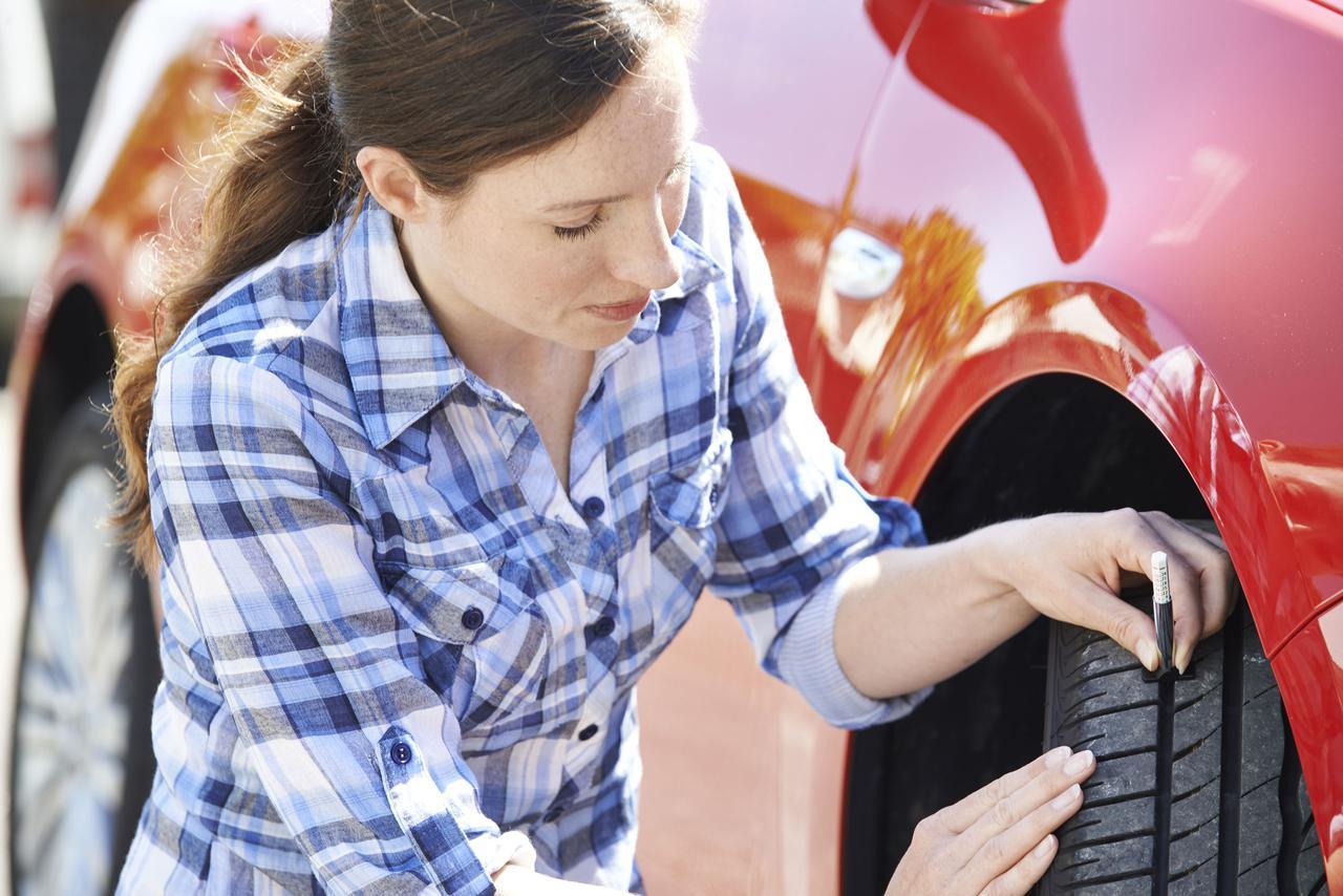 画像: 【ハイドロプレーニング現象】回避策②:タイヤをこまめにチェックする