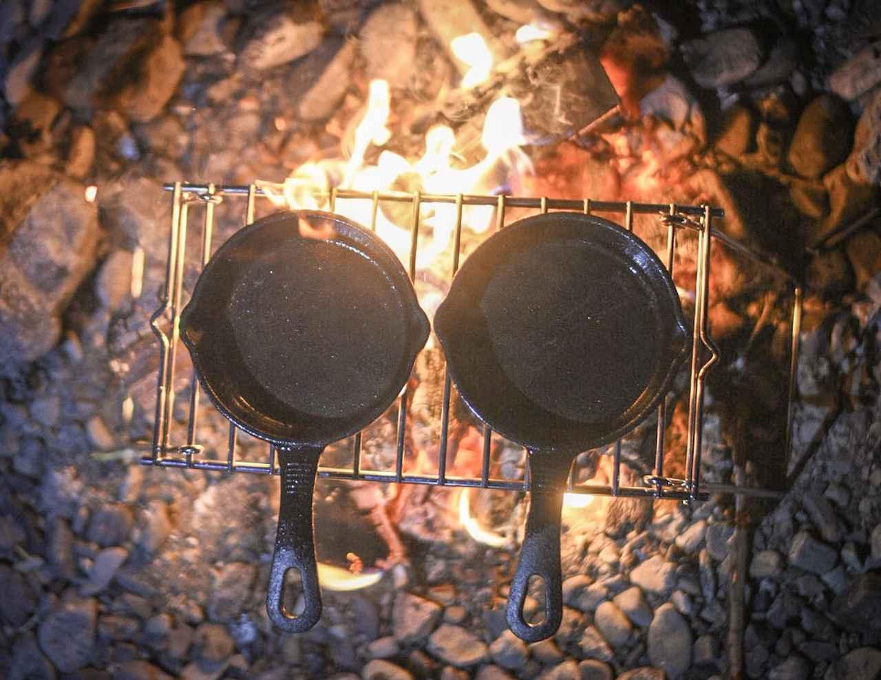 画像6: ソロキャンプにおすすめな調理道具4選! スキレット・鉄板料理の簡単レシピもご紹介
