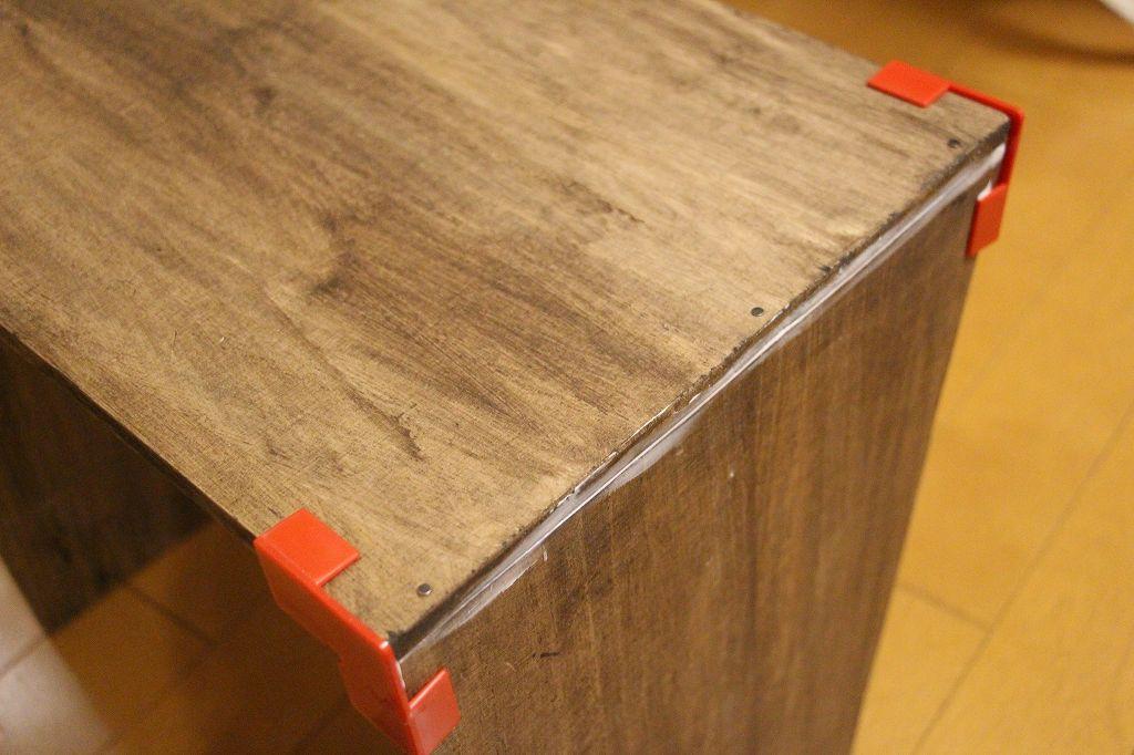画像: 筆者撮影 木工ガイドを使っている様子