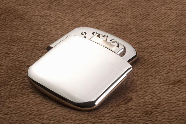 画像: USB充電式カイロのおすすめ6選! モバイルバッテリーやライトとして使える物も! - ハピキャン(HAPPY CAMPER)