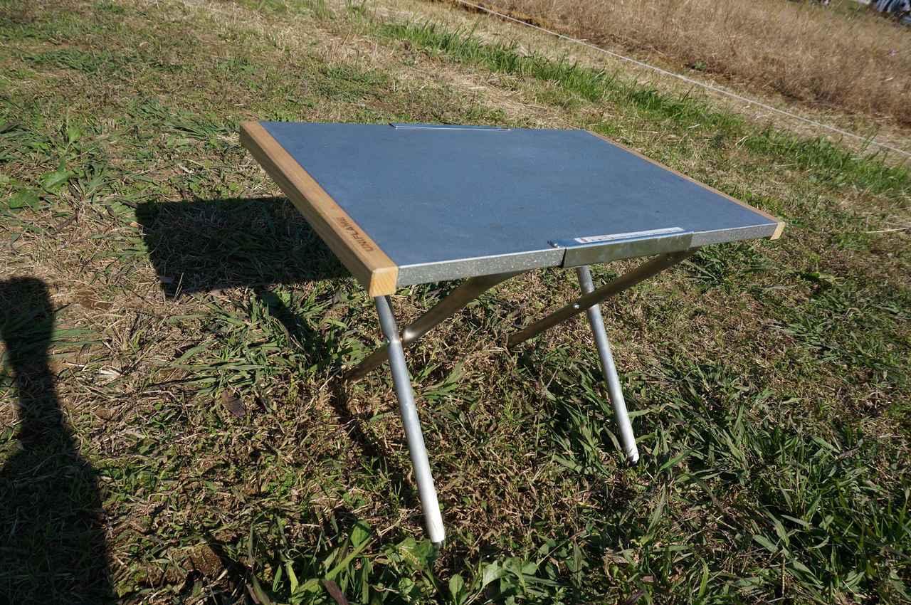 画像: 筆者撮影「料理用に耐熱テーブルもあると便利」