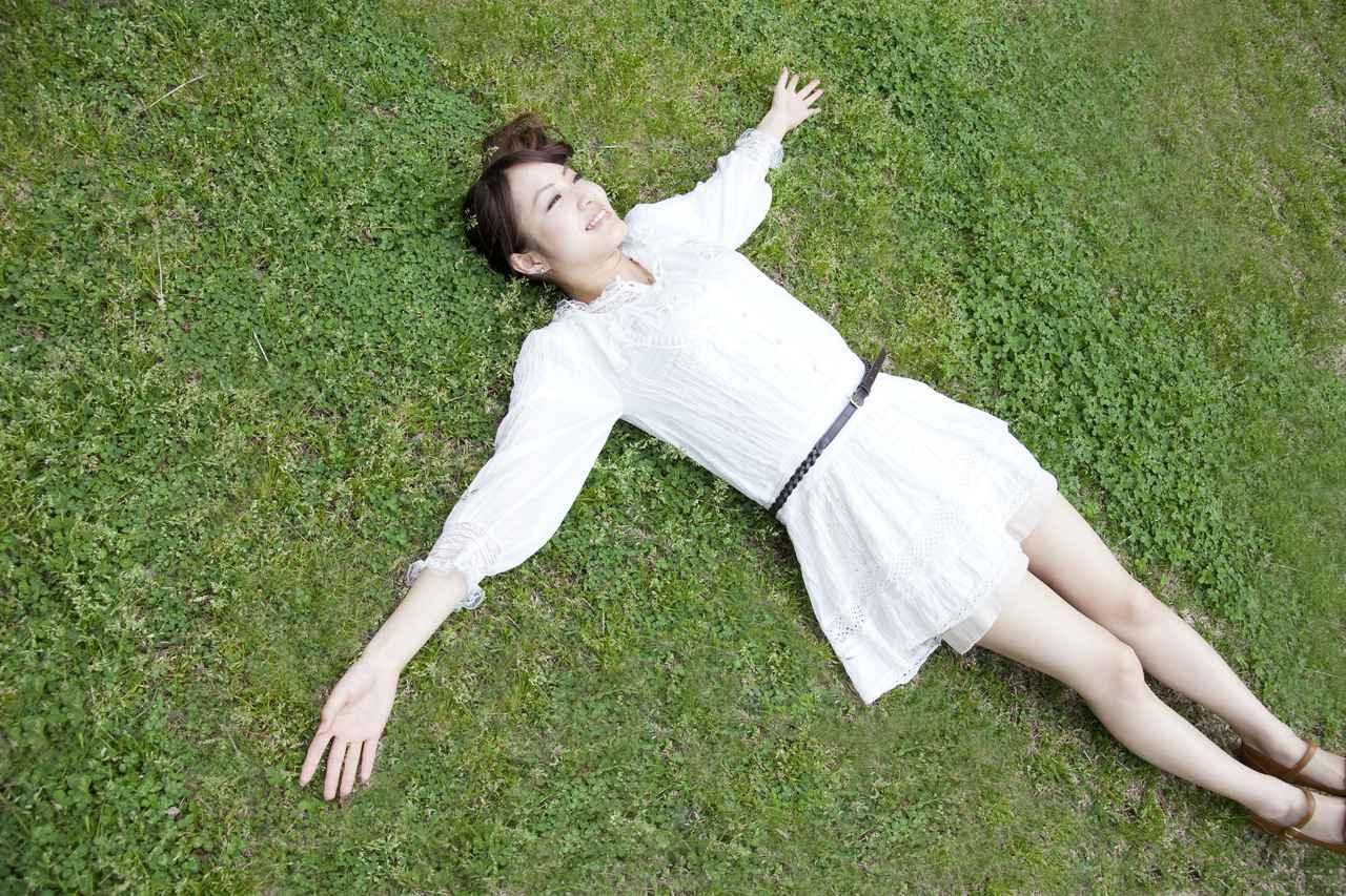 画像: 天然芝のイメージを部屋に持ち込もう!