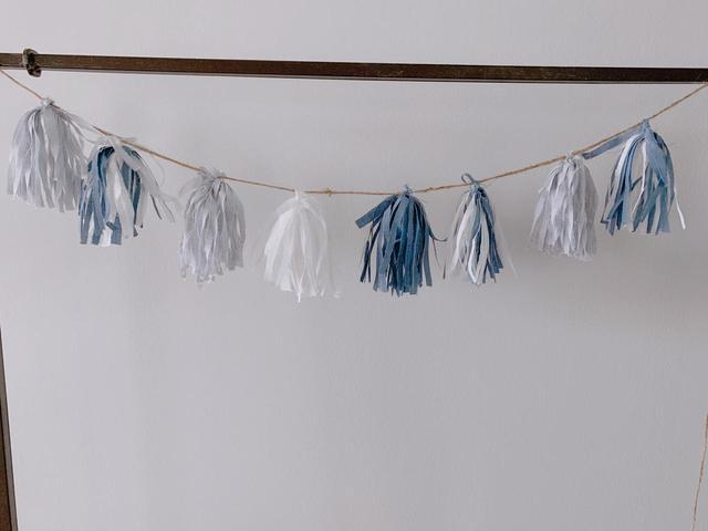 画像: 【簡単DIY】型紙いらず「ガーランド」の作り方を紹介! キャンプやホームパーティーで飾りつけを楽しもう! - ハピキャン(HAPPY CAMPER)
