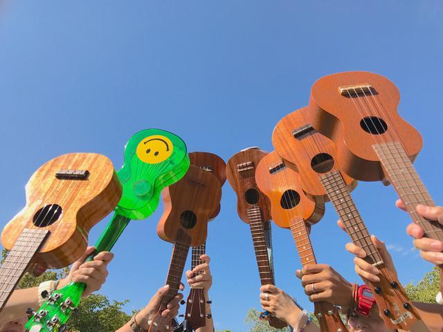 画像: おうち時間を有効利用!ウクレレは手軽に始められてギターよりも簡単! 数時間の練習で1曲弾けます