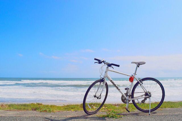 画像: 【初心者におすすめ】軽量でコスパ抜群なクロスバイク 7万円以下で買える人気モデル - ハピキャン(HAPPY CAMPER)