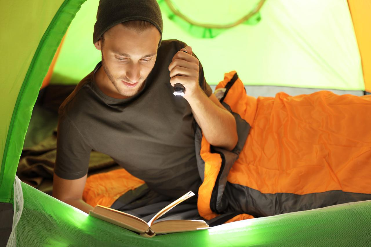 画像: 夏のキャンプには軽量&コンパクトな寝袋がおすすめ! リミット温度もチェックして快適な夜を
