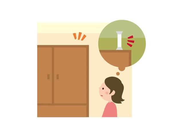 画像: おうち時間を使って、家具の場所や収納、固定の仕方を見直す