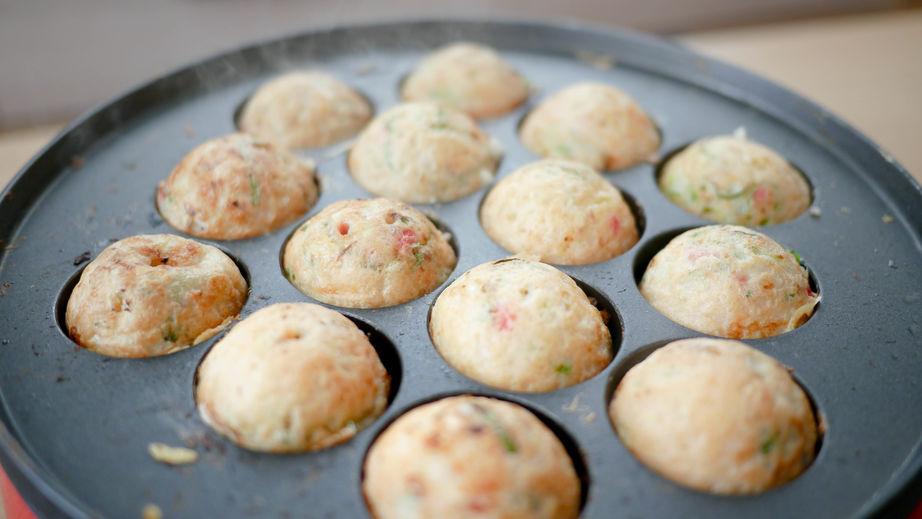 画像: アウトドア・キャンプにおすすめ「イワタニ」のたこ焼き器! 綺麗に作れる&プレート丸洗いOKで便利