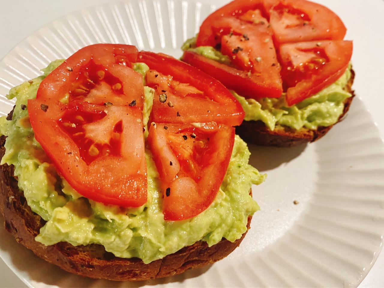 画像: 【夏レシピ】ヘルシー&栄養満点のトマトを使った卵、アボカド、チーズ、なすのレシピをご紹介! - ハピキャン(HAPPY CAMPER)
