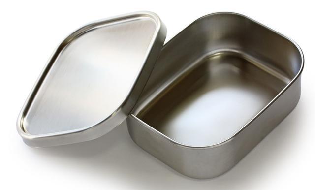 画像: アルミとステンレス素材の特徴!どちらも錆びにくく耐久性や重さ・熱伝導率に違いがある!