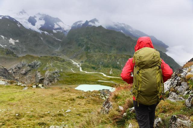 画像: ワークマンのおすすめレインウェア・カッパを紹介! 登山やキャンプ用の選び方も伝授 - ハピキャン(HAPPY CAMPER)