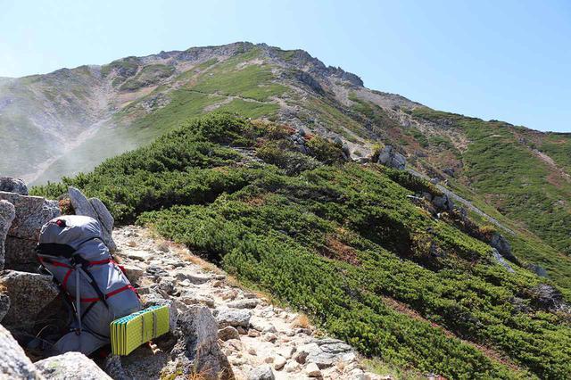 画像: コスパ優秀! モンベルやニーモなど、登山のテント泊でおすすめのエアマット7選 - ハピキャン(HAPPY CAMPER)