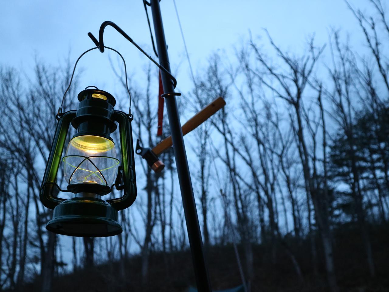 画像: 【ランタン選び】で非日常を味わうキャンプに! レトロなランタンや手軽なLEDランタンで楽しもう!