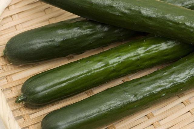 画像: 夏野菜の代表格、きゅうり 体内の熱を冷まして喉の渇きを癒す 夏バテ防止に効果大!