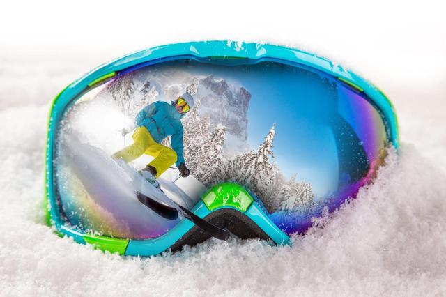 画像: 【スキー・スノボ用ゴーグル】レンズカラーの意味? 天候別のおすすめを徹底解説! - ハピキャン(HAPPY CAMPER)