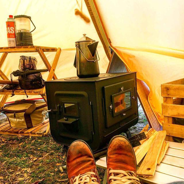 画像: 薪ストーブで冬キャンプのテントを暖かく 筆者愛用の新保製作所『チョッパー』の魅力 - ハピキャン(HAPPY CAMPER)