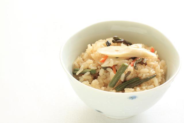 画像: 様々な食材が摂れておいしい混ぜご飯・炒飯はNGごはんだった!?