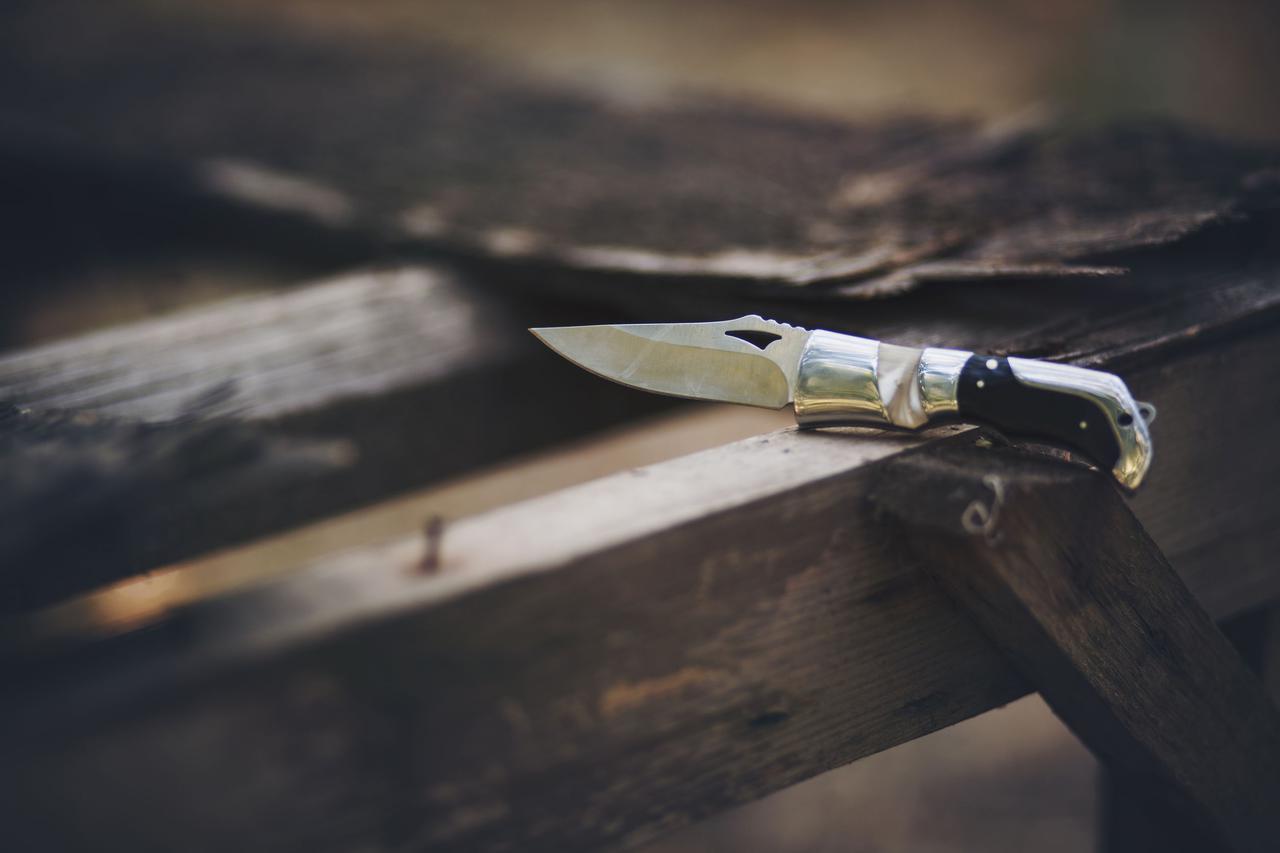 画像: 【ナイフ選び初級編】特徴や用語を学ぶと、自分に合ったキャンプナイフを選びやすくなる