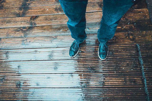 画像: 防水シューズで雨の日のアウトドアやキャンプを快適に おしゃれで日常使いもおすすめな靴もたくさん!