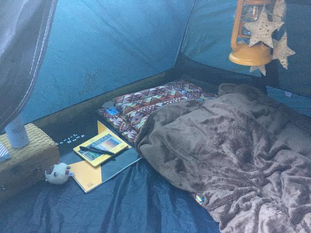 画像: ライター撮影 寝袋を敷いてもこの余裕!