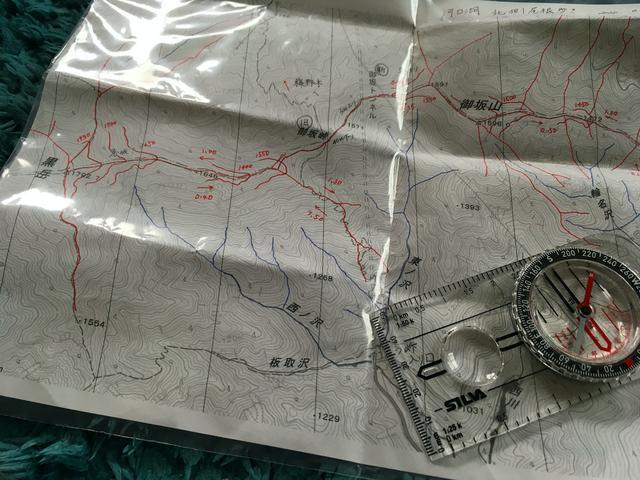 画像: (筆者撮影:地図は濡れ防止のためジップロックへ)